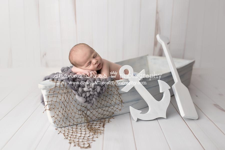 eugene springfield oregon newborn photographer boat