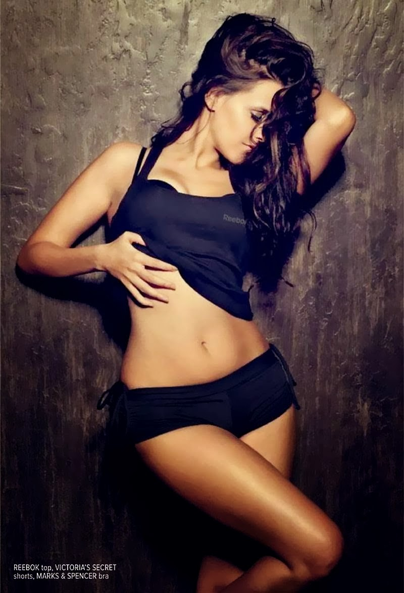 neha-dhupia-hot-toned-body
