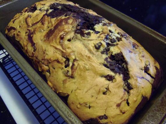 Kudos Kitchen By Renee: Chocolate Chip And Cherry Pound Cake