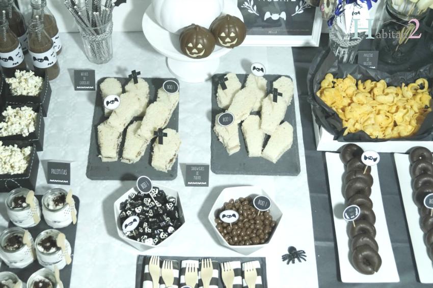 Mesa dulce Halloween en blanco y negro diseño de Habitan2