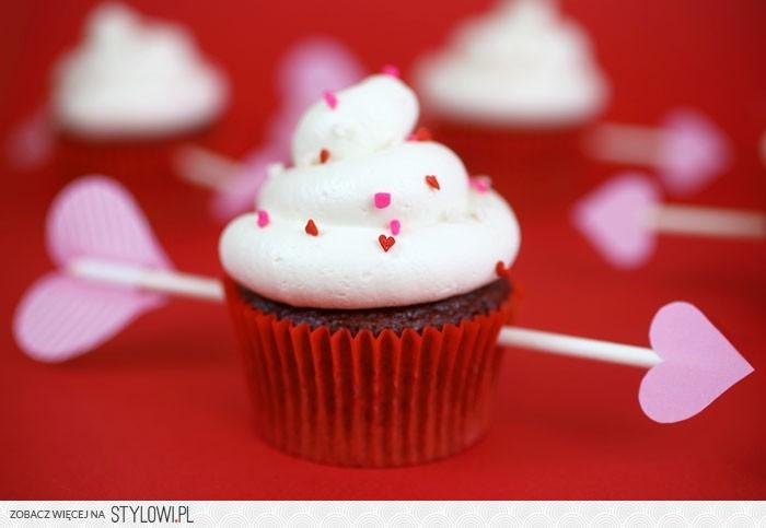 Walentynki, smakołyki, słodkości, pyszności, walentynkowe, Valentine's Day, co upiec na, w kształcie serca, z serduszkami, cup cake, cake,