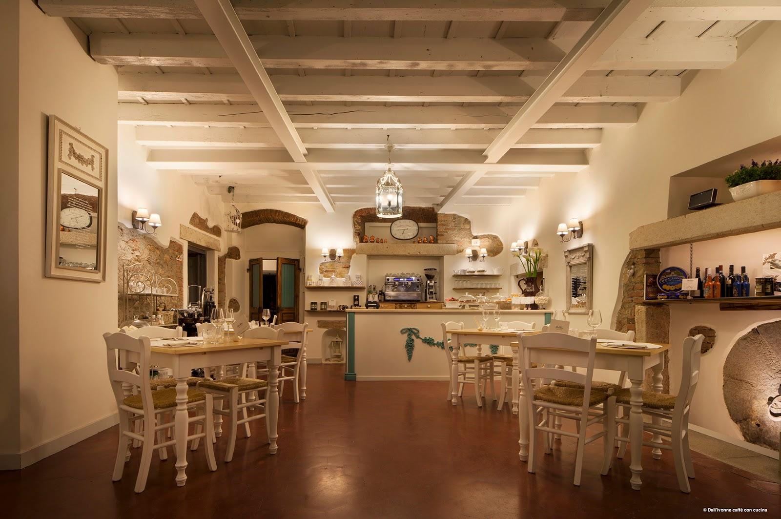 Dall 39 ivonne caff con cucina all 39 interno - Caffe cucina brescia ...
