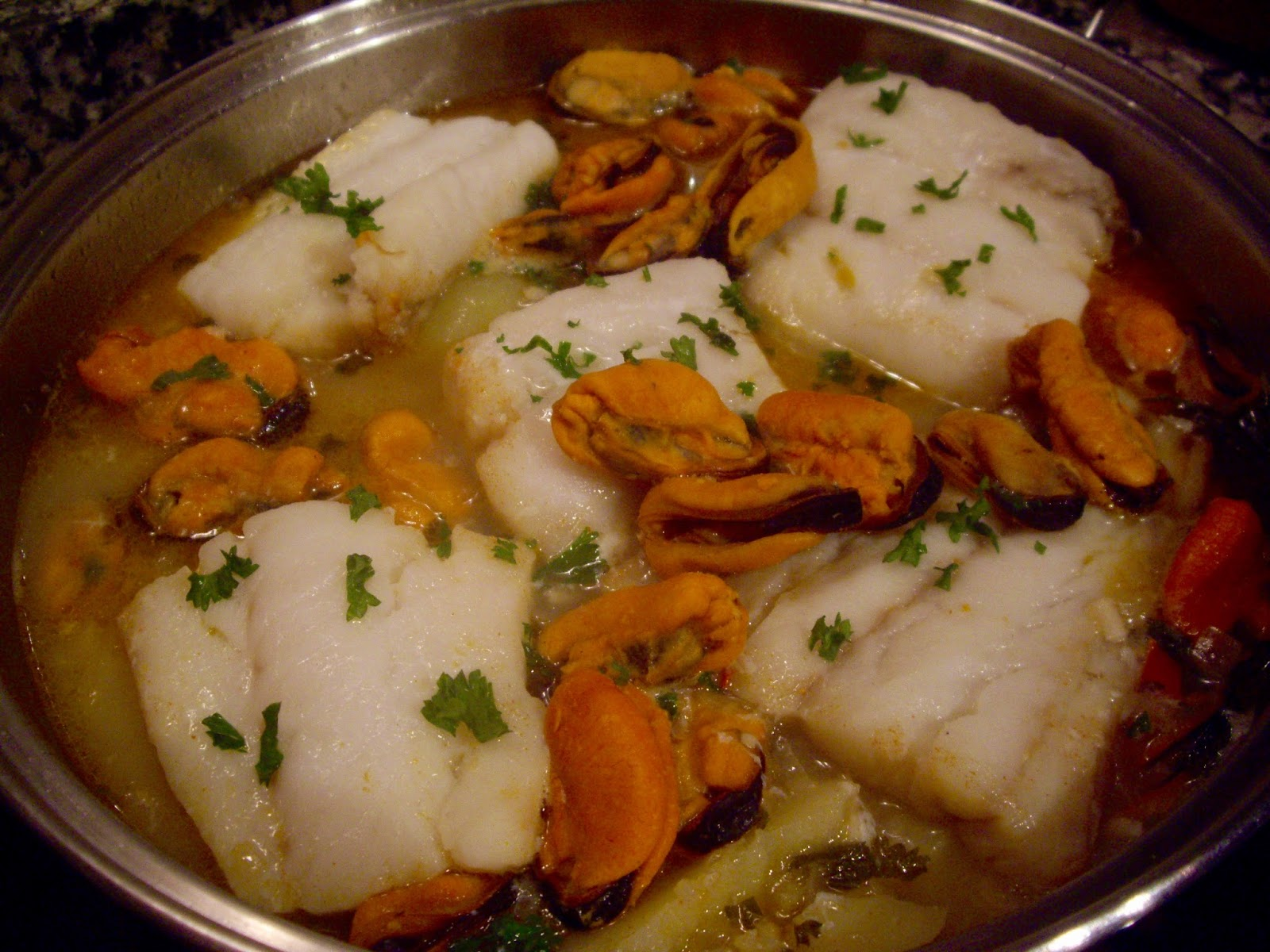 Harinaygasolina bacalao con mejillones y patatas guiso - Bacalao con garbanzos y patatas ...
