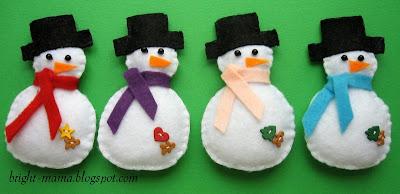 новогодние игрушки снеговики своими руками сшиты из фетра