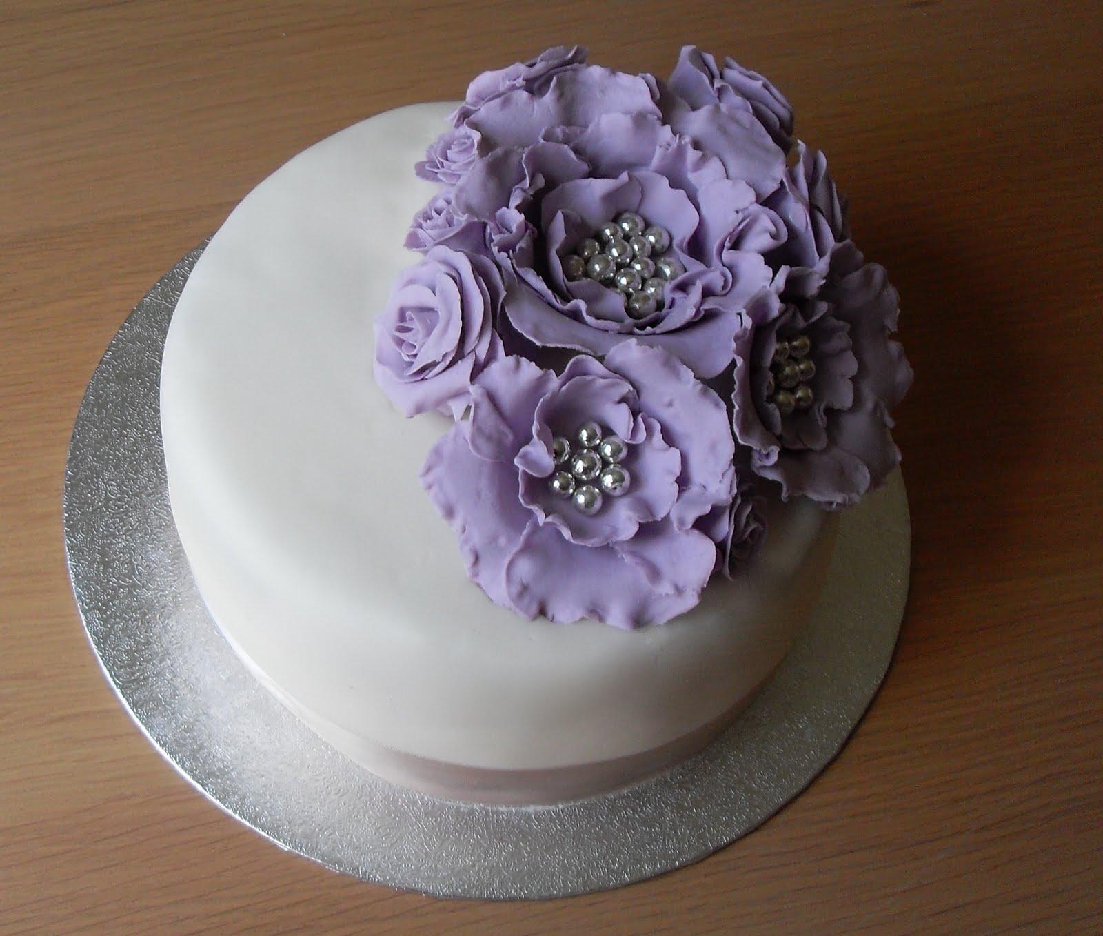 Sugar Ruffles, Elegant Wedding Cakes. Barrow in Furness ...