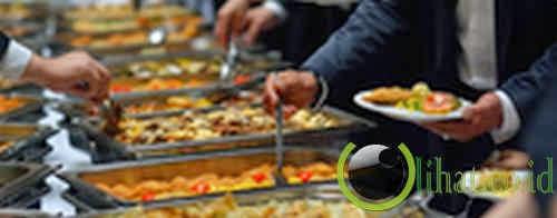 Ulama Saudi larang warga makan sepuasnya di restoran prasmanan
