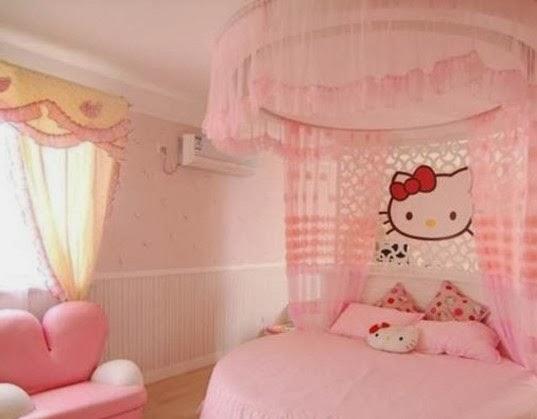 Desain kamar tidur minimalis 2014 bertemakan hello kitty for Dekorasi kamar
