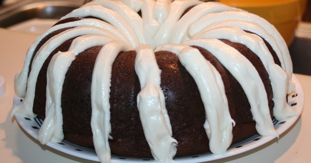 Can I Use Regular Cake Mix In A Bundt Pan