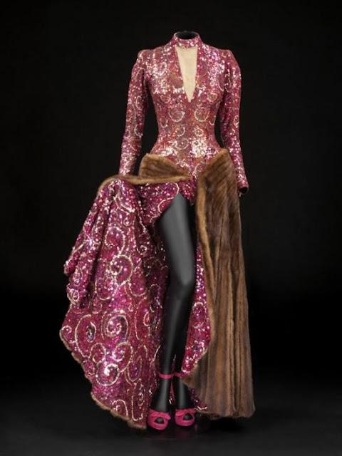 A Designer's Dream: Hollywood Costume Exhibit at...