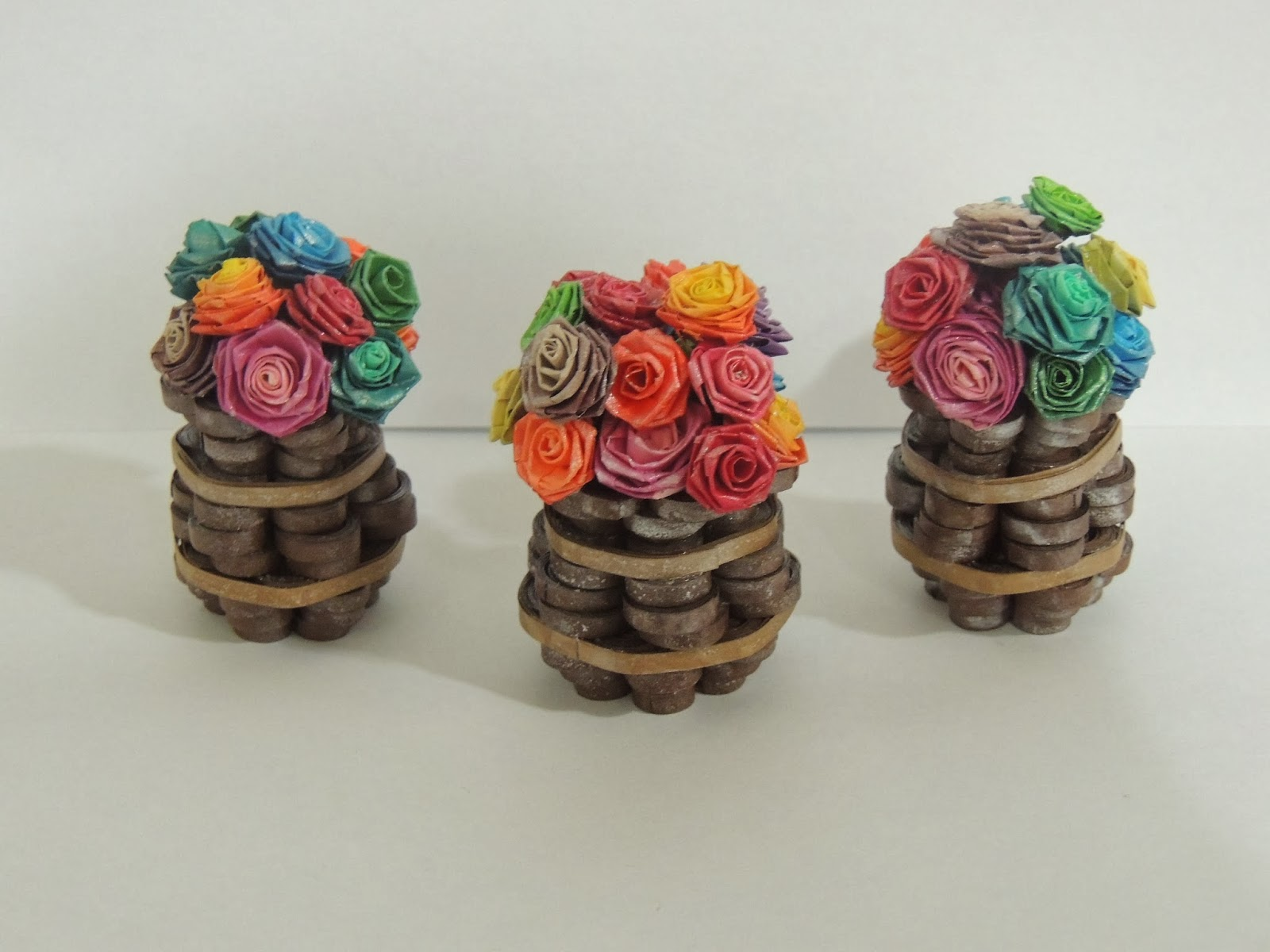Small Quilling 3 D Flower Pots Vases