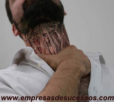 Bizarro Tatuagem anatômica