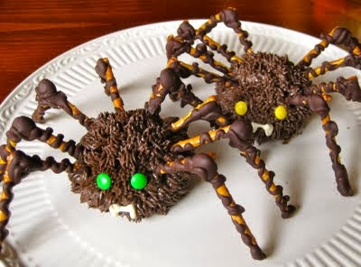 long-leg Halloween spider cupcakes
