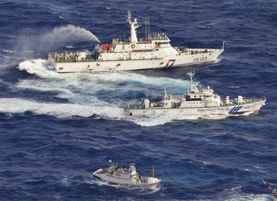 Hadapi Kepongahan Tiongkok, Jepang Rengek Kapal Perang Amerika