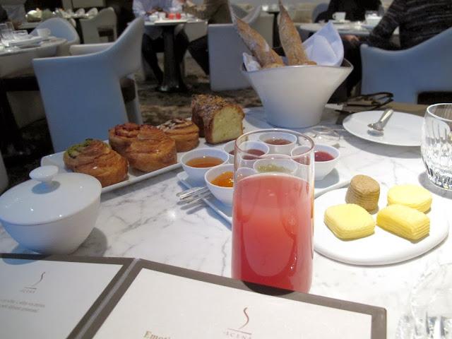 La Prince de Galles - Petit déjeuner au restaurant la Scène