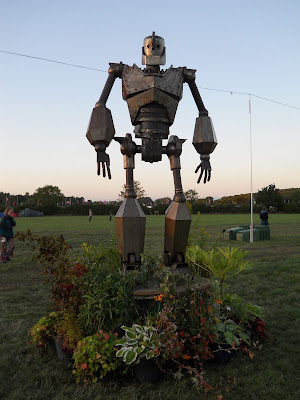 iron man sculpture Shambala 2015