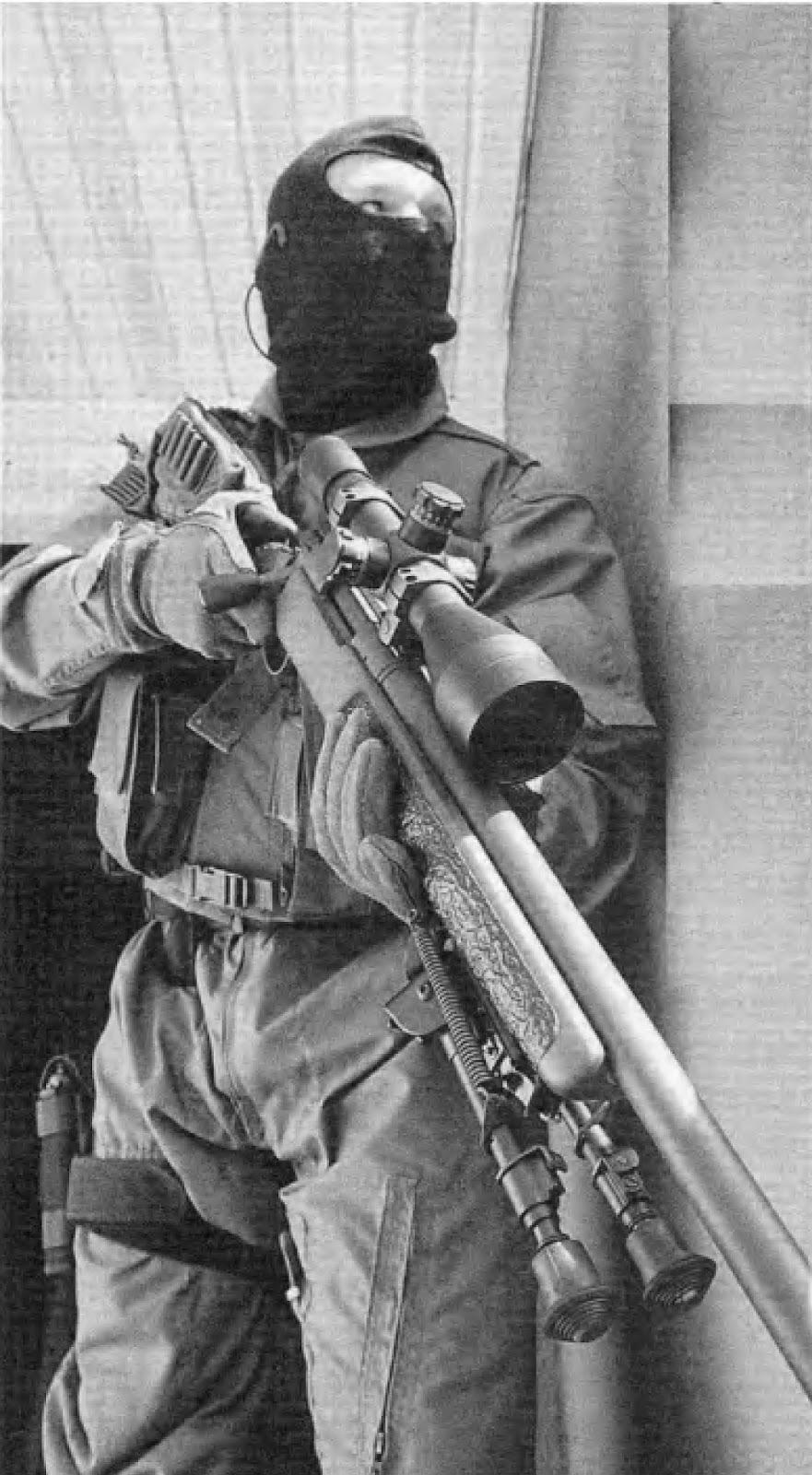 современный полицейский снайпер