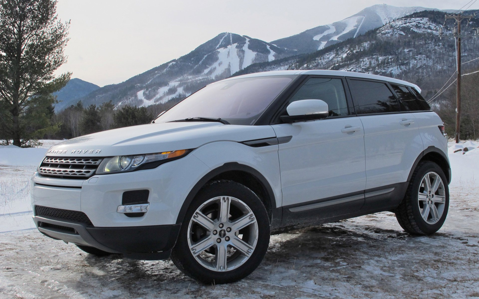 white range rover evoque wallpaper. Black Bedroom Furniture Sets. Home Design Ideas