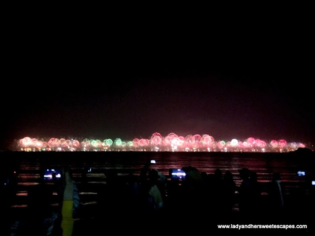 2014 Fireworks at The World islands