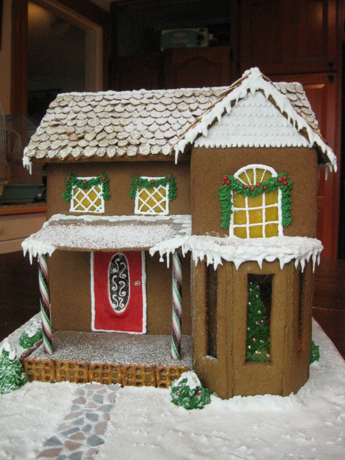 Baking Outside the Box: Gingerbread Houses - Tips and Ideas on candy box, fireplace box, halloween box, biscotti box, tiramisu box, pig roast box, butterfly box, text box, cookie dough box, gumbo box, ornament box, church box, brownies box, panettone box, giveaway box, icing box, ginger box, cupcake house box, fudge box, rose box,