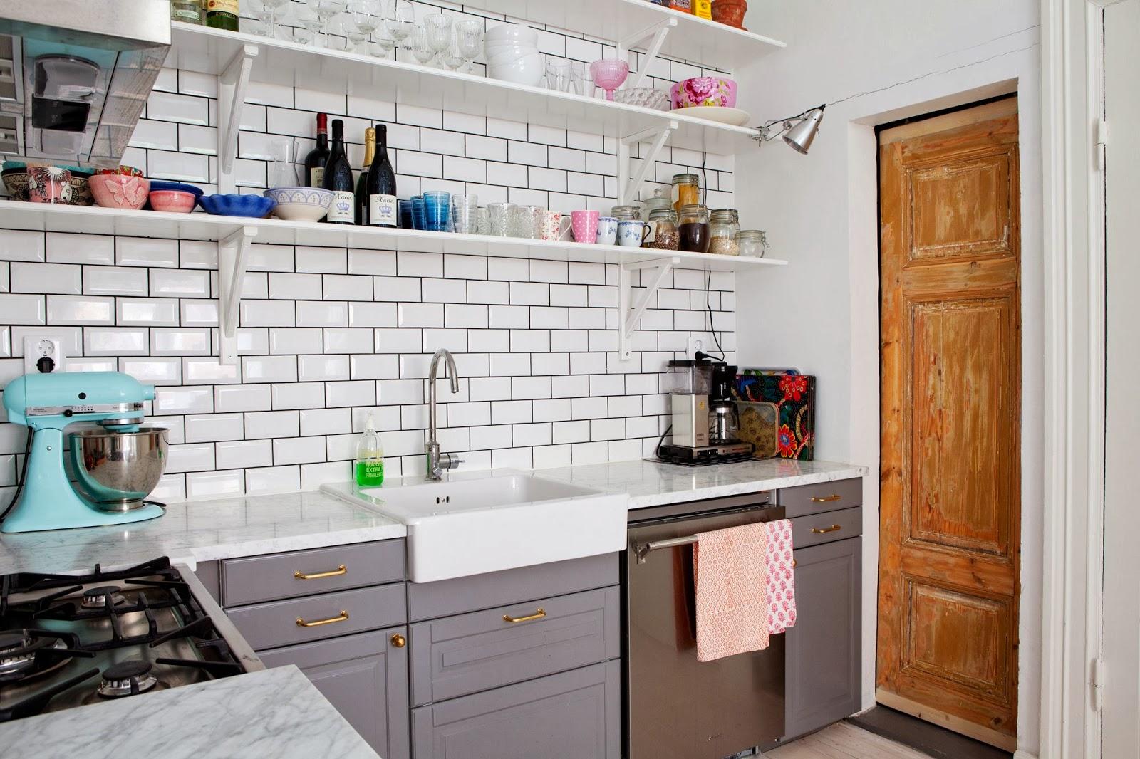 W domu Marty Szara kuchnia z IKEA III -> Kuchnia Z Marmuru