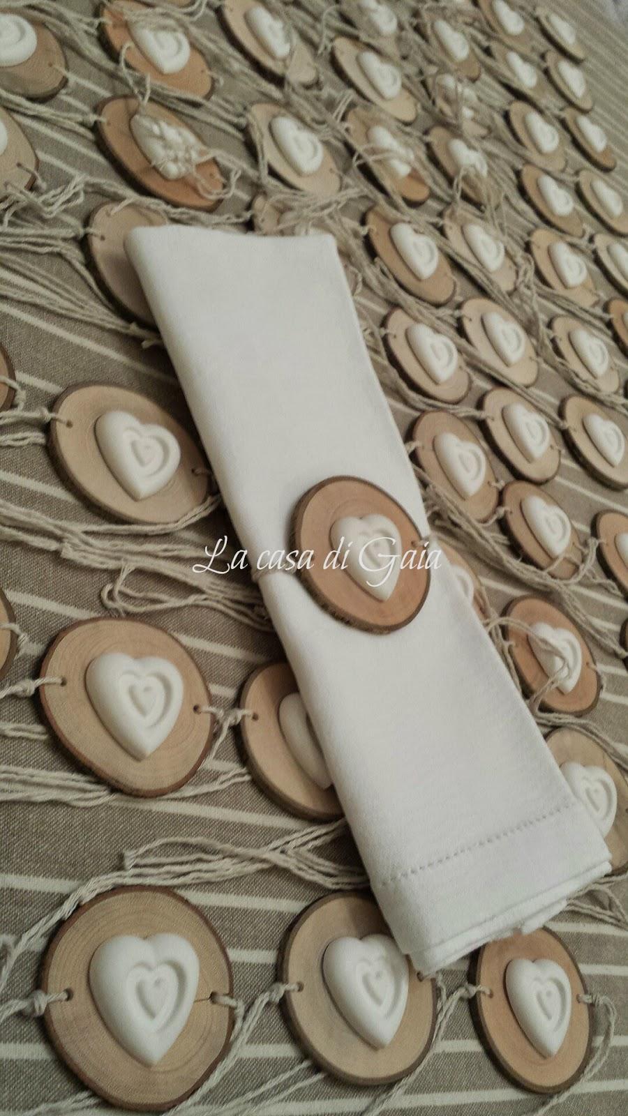 cuori di legno con fioru : Legno,cuori e lavanda...porta tovaglioli per un matrimonio Country ...