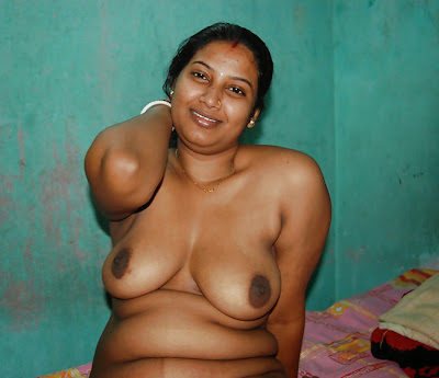 Indian Bhabhi Boobs Pussy Sucking Dick