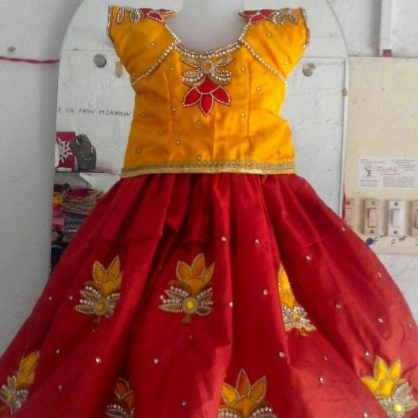 Thread Rose work Lehenga in Red