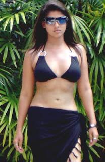 Nayanthara Hot In Black Bra Hd Images Glamex Bathroom