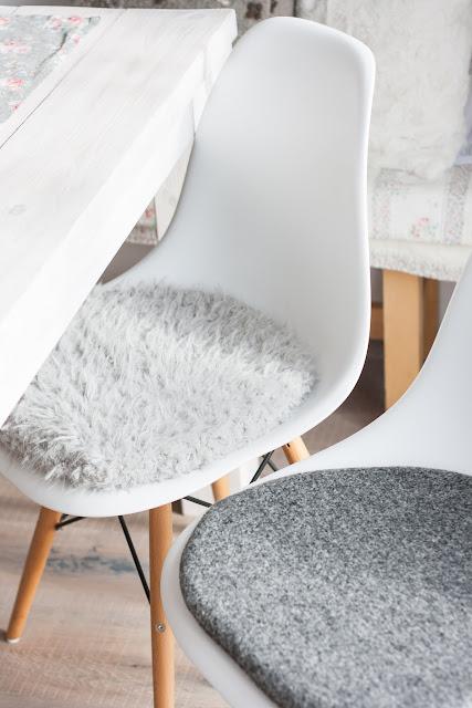 rums oder sitzauflage f r eames pomponetti. Black Bedroom Furniture Sets. Home Design Ideas
