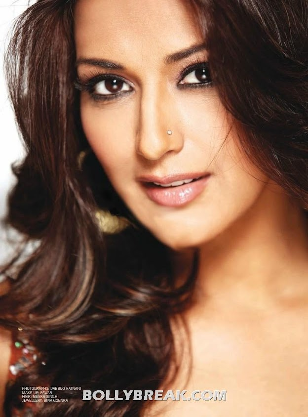 Bollywood aunty  Sonali Bendre  Hot Face Close UP HD Photo -  Sonali Bendre Filmfare Magazine Scans – July  2012
