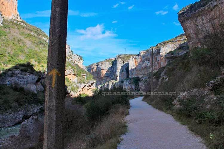 Foz de Lumbier, atravesada por el Camino de Santiago Aragonés.