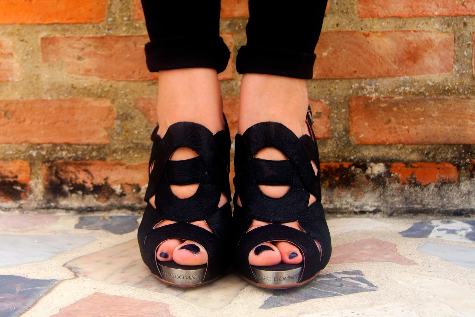 hey vicky hey, victoria suarez, blogger, fashion, total look, black, all black, negro
