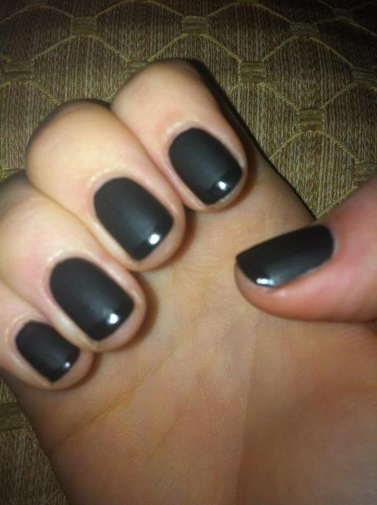 Want.Wall: Matte Nails with Glossy Tips