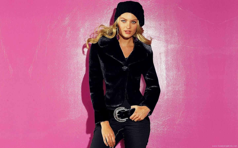 http://3.bp.blogspot.com/-UGCHuZwIL50/TdfF-v5bK2I/AAAAAAAAEYM/YLx2Cq2VPIs/s1600/candice_swanepoel_hot_picture.jpg