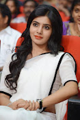 Samantha sizzling in white saree-thumbnail-3