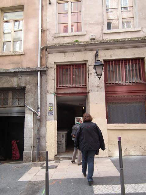Lyon, Tours, Silk