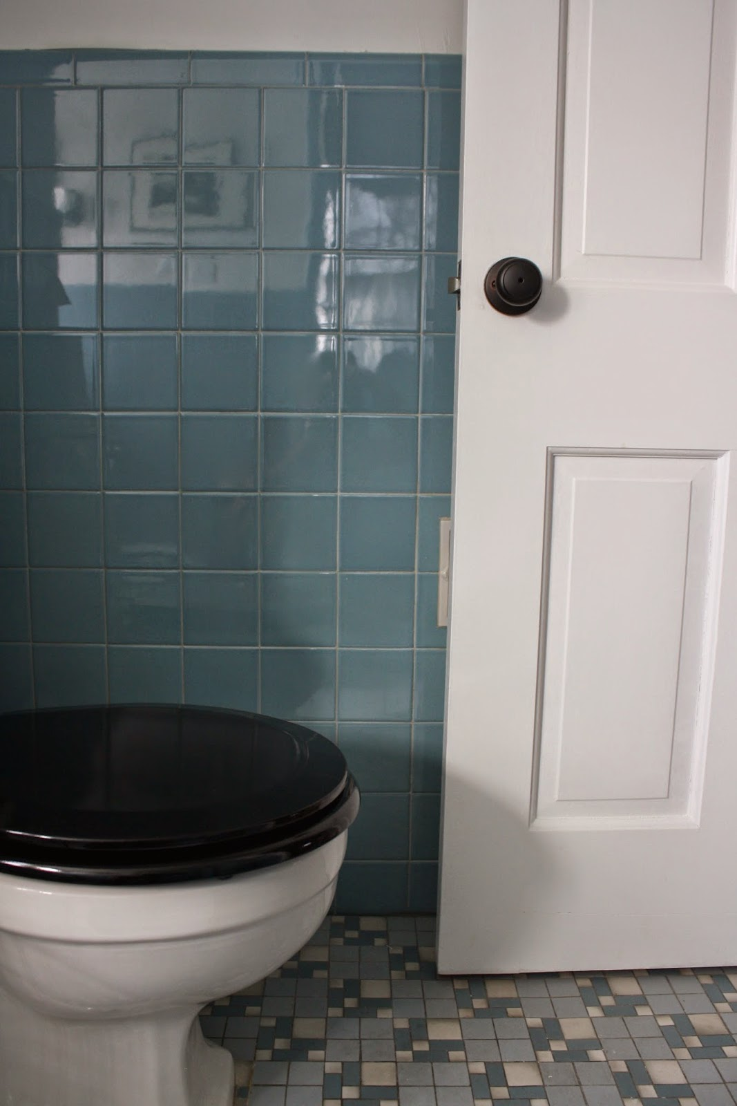 Vintage Blue Tile Bathroom Via Meet Me In Philadelphia .