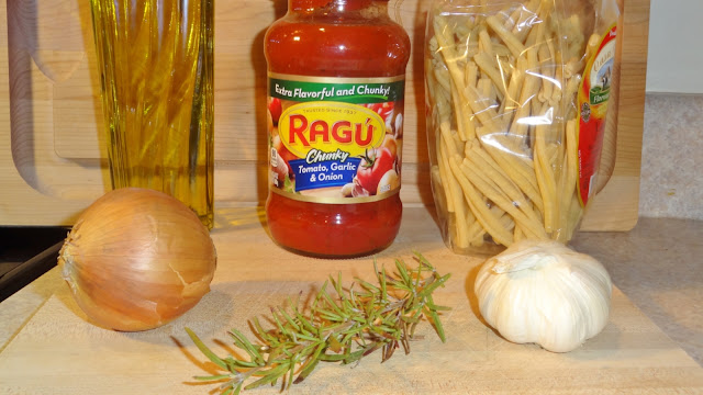 Ingredients to make Caserecce Pasta & Red Sauce #recipe