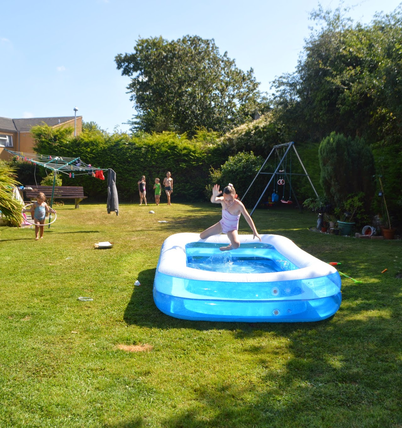 Birthday Summer Garden Barbecue Family Paddling pool
