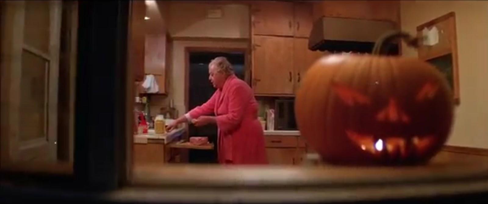 Holiday Film Reviews: Halloween II (1981)