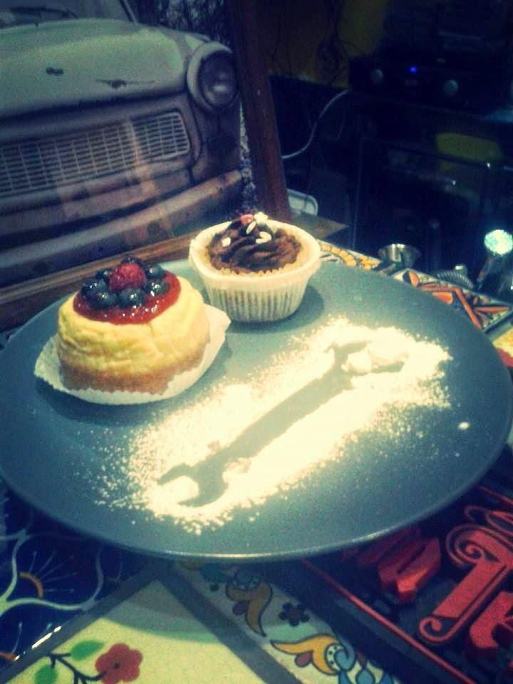 cheesecake e  cupcake