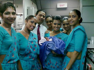 Hot-Srilankan-Airhostess-images-1