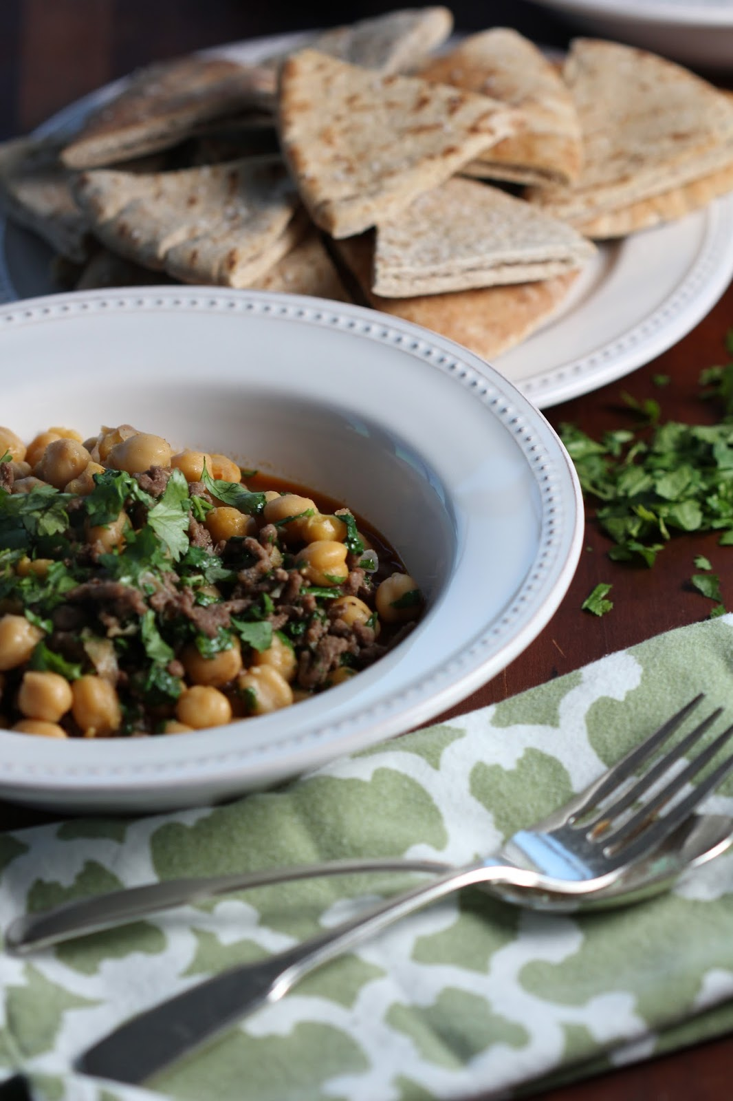 carmen's kitch: Spicy Sauteed Chickpeas with Beef and Cilantro