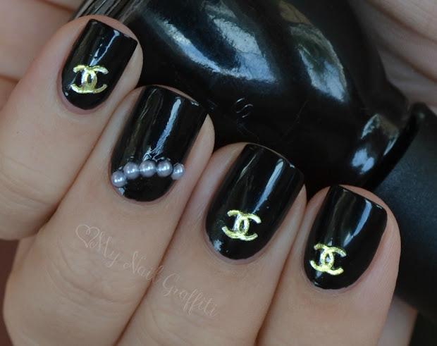 nail graffiti chanel inspired