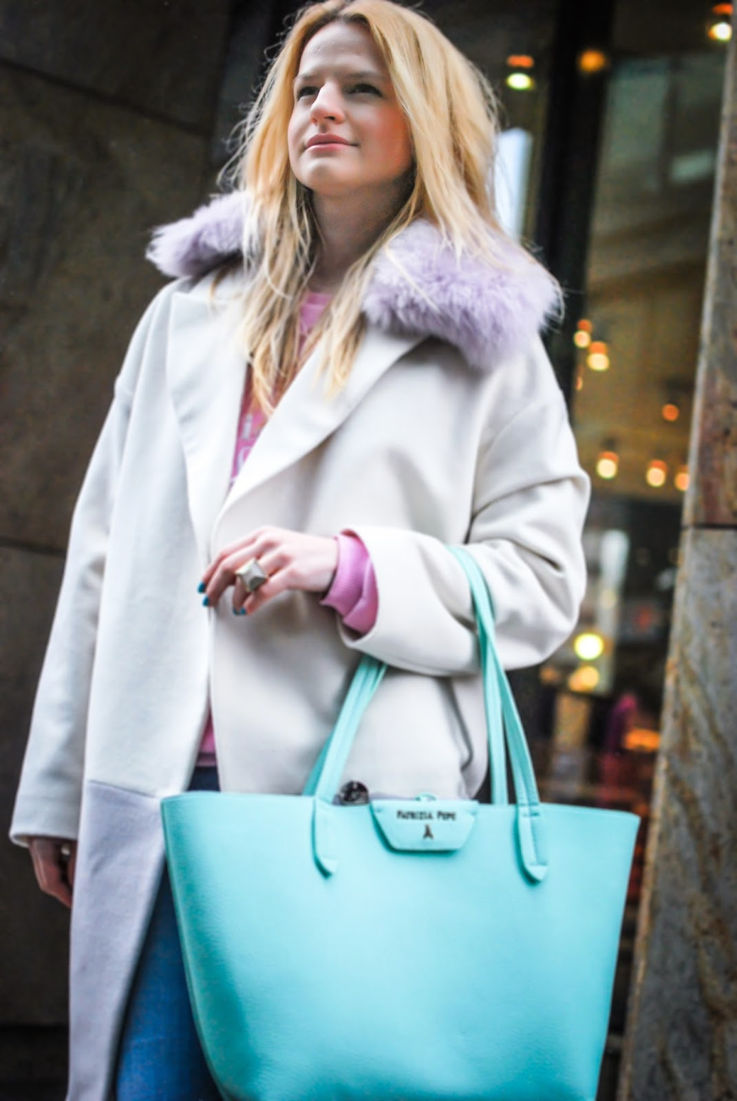 streetstyle, outfit, pastel coat