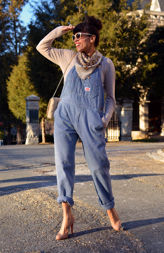 How to wear overalls with heels