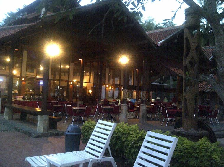 restaurant sore hari