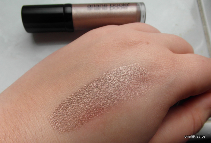 One Little Vice Beauty Blog: Ariane Poole Crystal Taupe Eye Shine Swatch