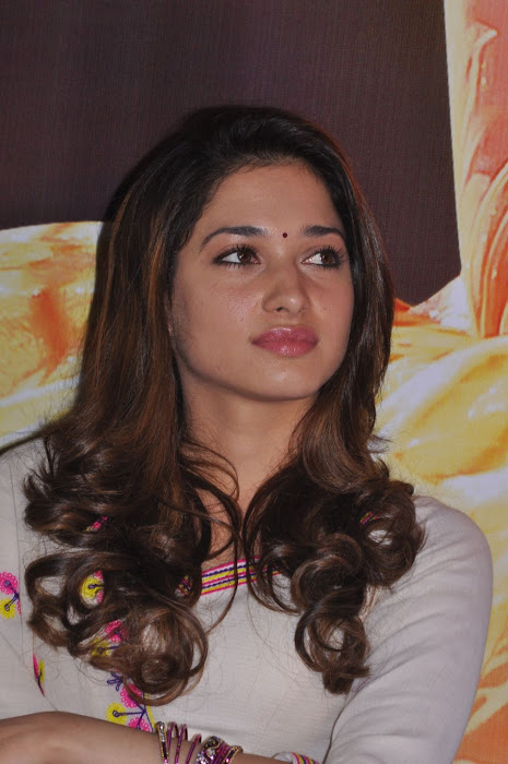 tamanna at yen endral kadhal enben movie press meet latest photos