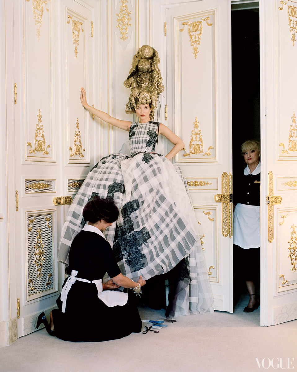 Le fox editorial vogue checking out kate moss at for American haute couture